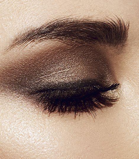 Astor introduces new EyeArtist 2 in 1 Khol Kajal & Contour Eyeliner for the deepest eye look ever.